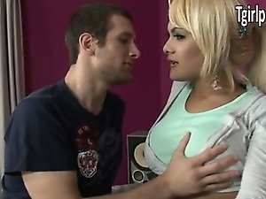 Blonde tranny Kim Bella anal assault