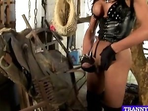 Shemale mistress cums in hot solo